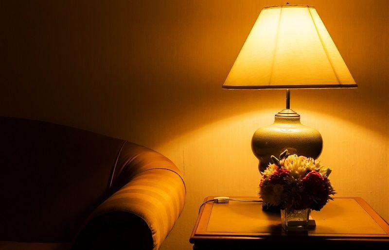 Svícení LED žárovkou