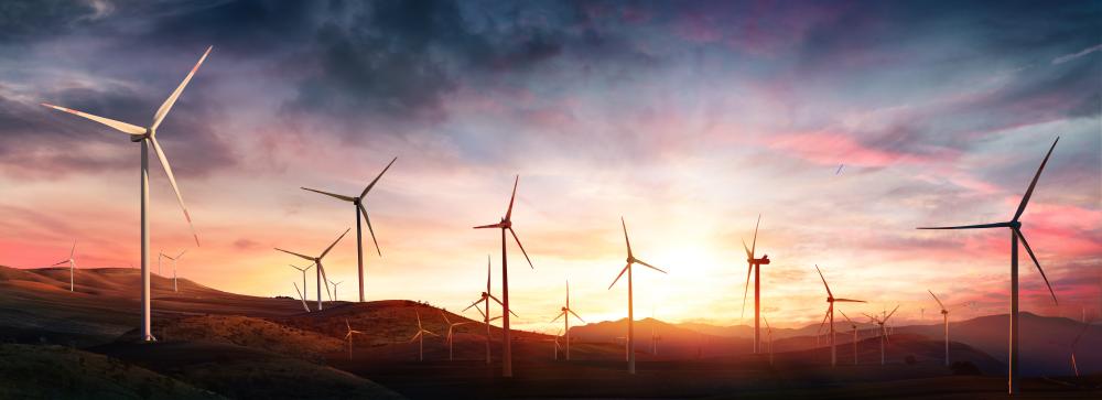 větrné elektrárny západ slunce